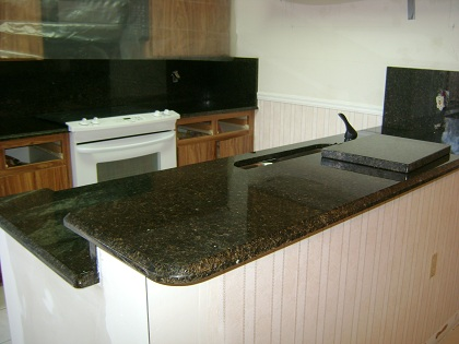 Granite color for Marmol color verde ubatuba